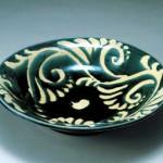 2006 呉須柚抜絵草文皿 12×51.5×51.5