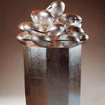 140×105×105cm 樟、銀箔、アクリル絵具