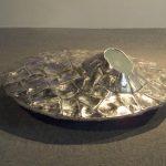 35×90×90cm アルミニウム、ガラス、スピーカー、MP3等